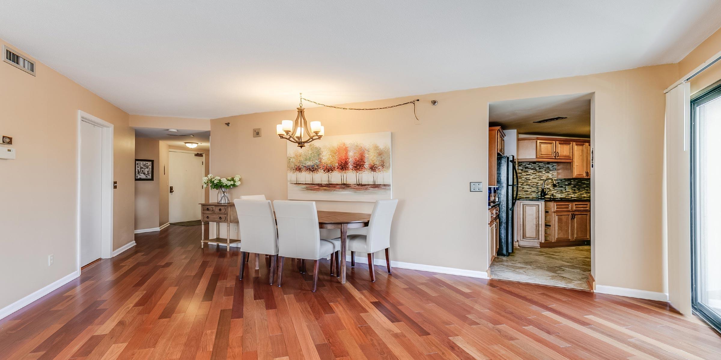 1633 N Prospect Ave Unit 7e Corley Real Estate